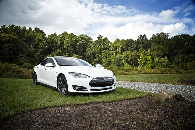 Important Facts to Consider Before Buying an Electric Car